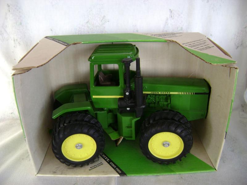 Ertl 1 16 John Deere 8650 4WD Farm Toy Tractor NIB | eBay