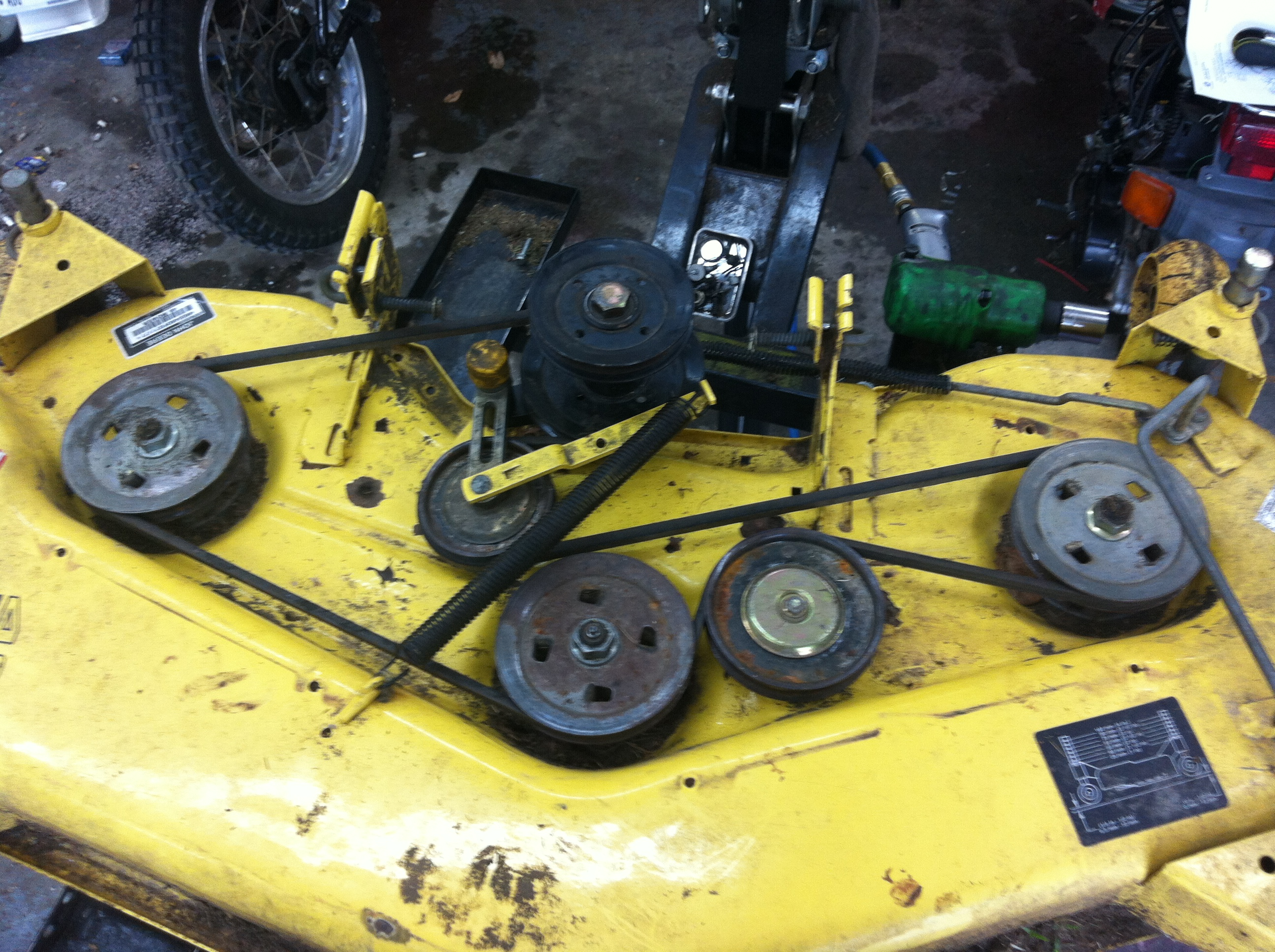John Deere Lawn Mower Blade For G100 Series With 54 Deck Wiring Diagram Car Lift Further Warning Light Tractors D100 Us