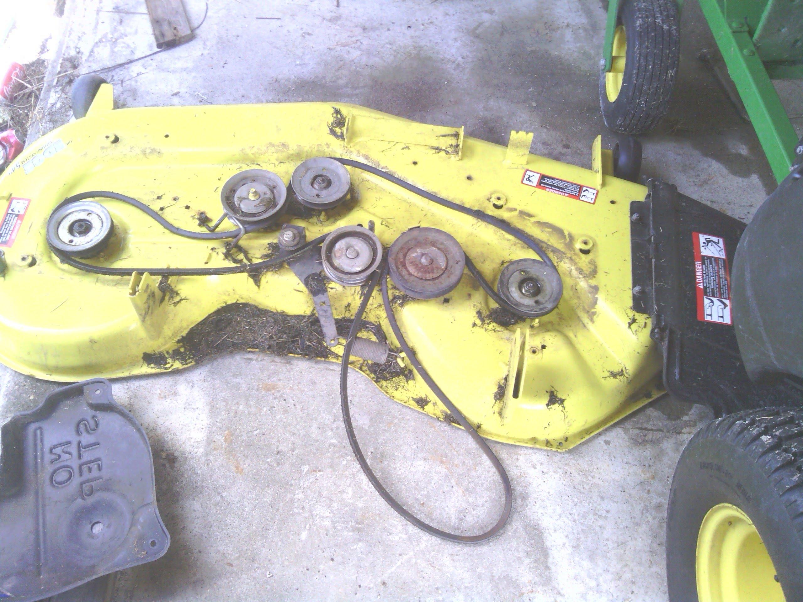 John Deere Traction Drive Belt For Eztrak Series With 48 Deck. 2014 John Deere 54 In Model Z425 Zeroturn Riding Mower. John Deere. John Deere L130 48 Inch Decks Pulley Diagrams At Scoala.co