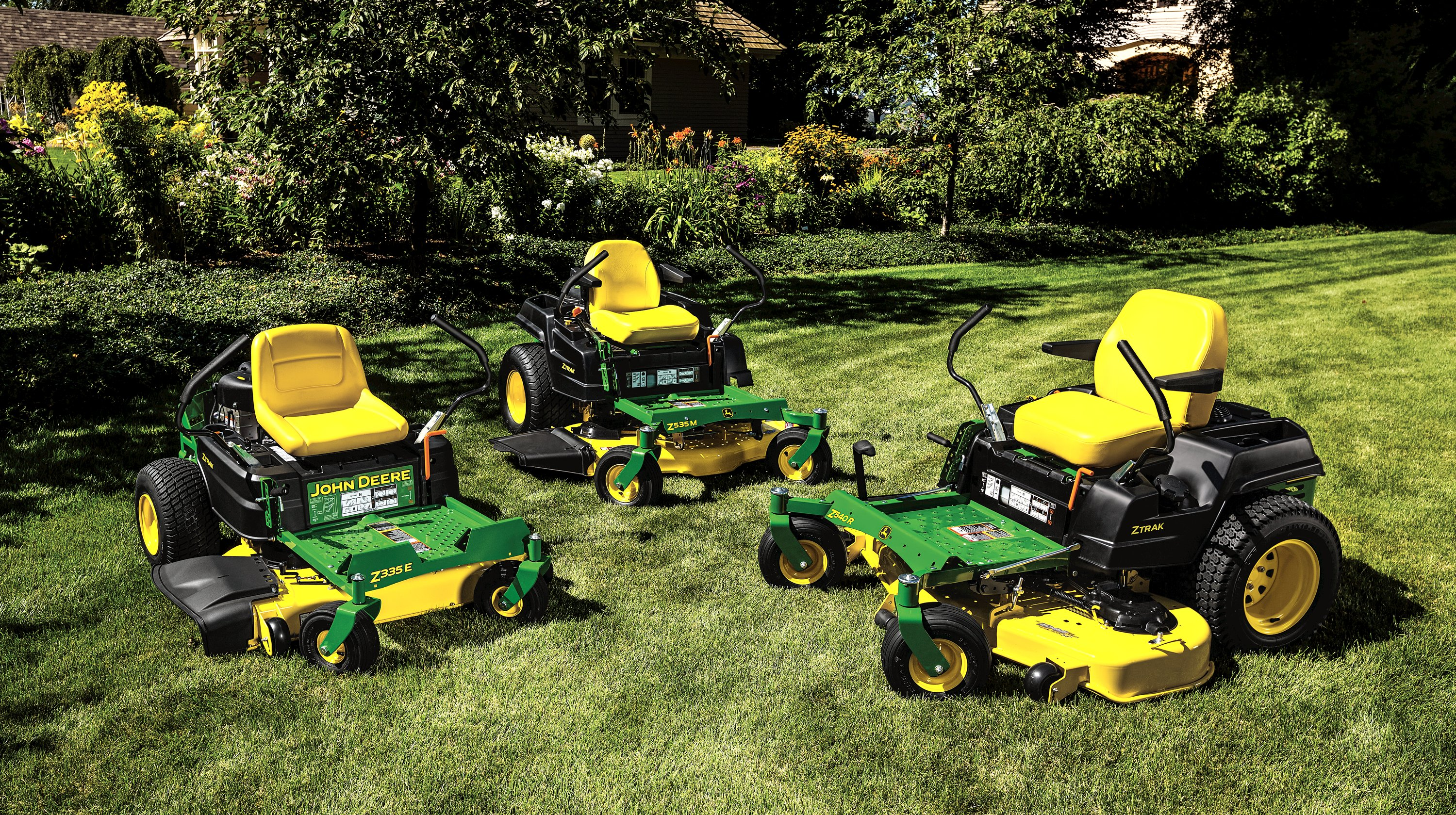 2016 ZTraks provide a new mower deck option and enhanced ergonomics.