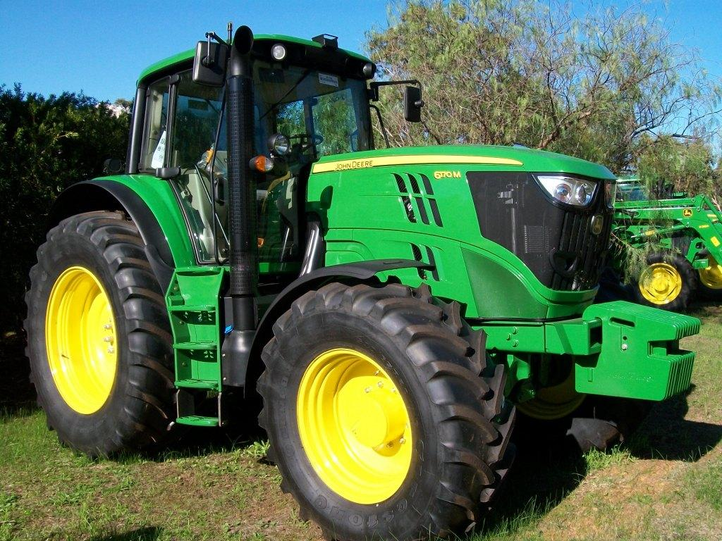 John Deere M Series Tractors | AFGRI Equipment