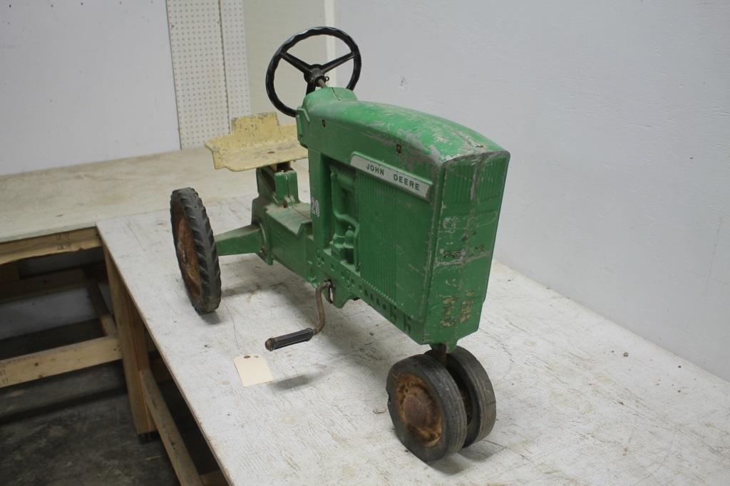 Ertl John Deere 20 Pedal Tractor | Ertl John Deere: Ertl