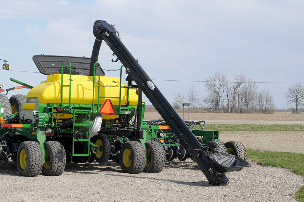 CCS Drill and Planter Fill Conveyors - Unverferth Bulk ...