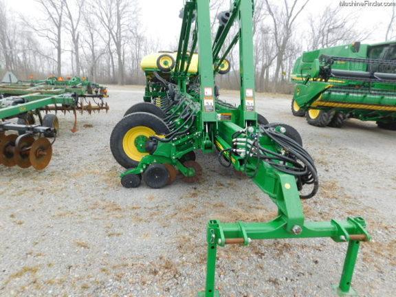 2015 John Deere 1775NT - Planters: Drawn - John Deere ...