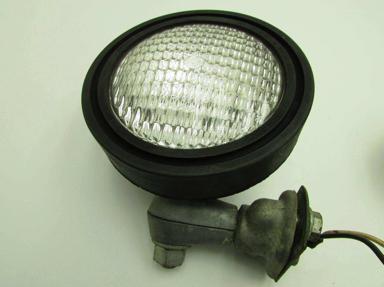 John Deere 110 Headlight Parts Www Backhoe Fuse Box Diagram Round Fender Garden Tractor Headlights