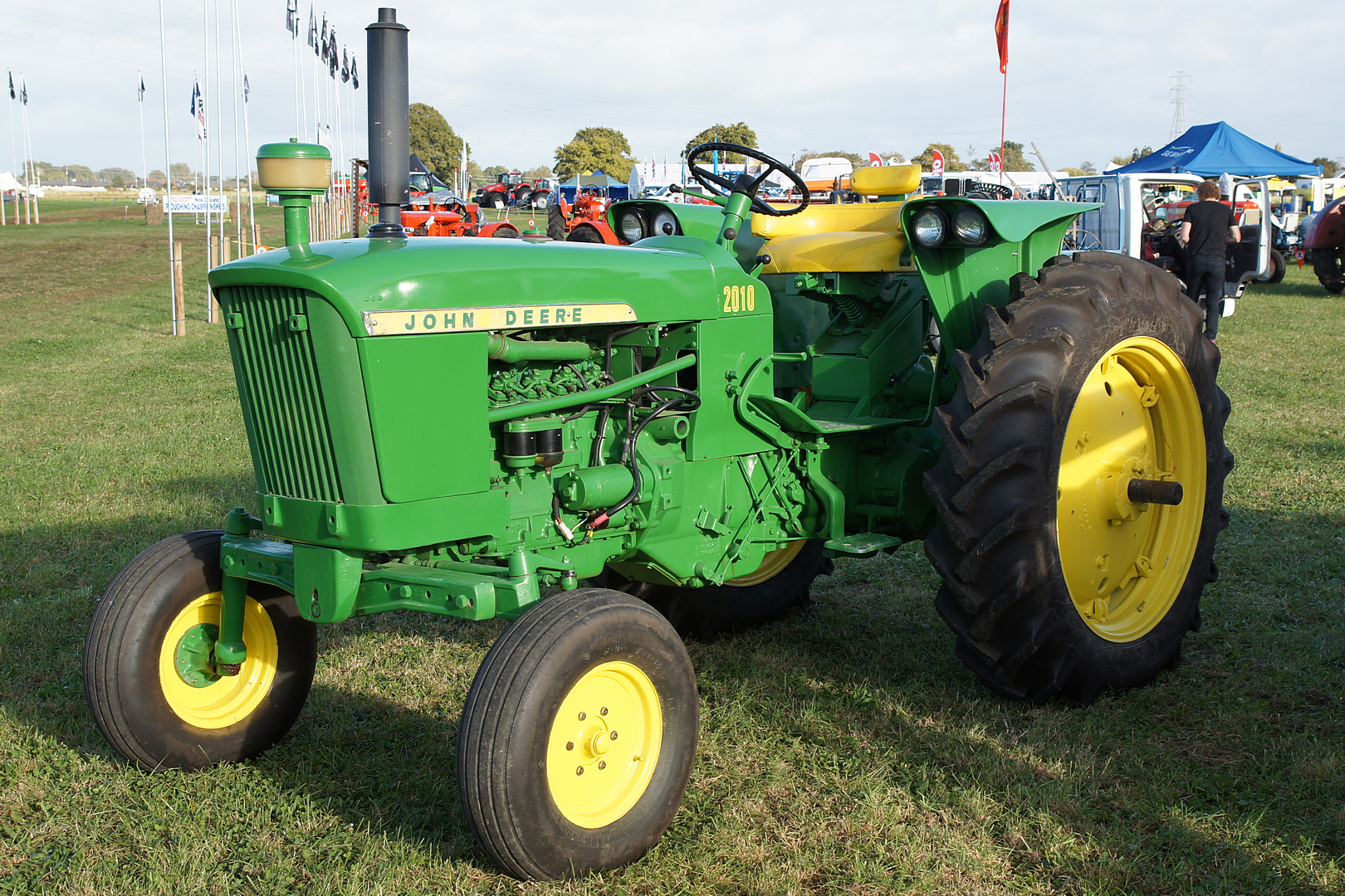 John Deere 2010 Tractor. - a photo on Flickriver