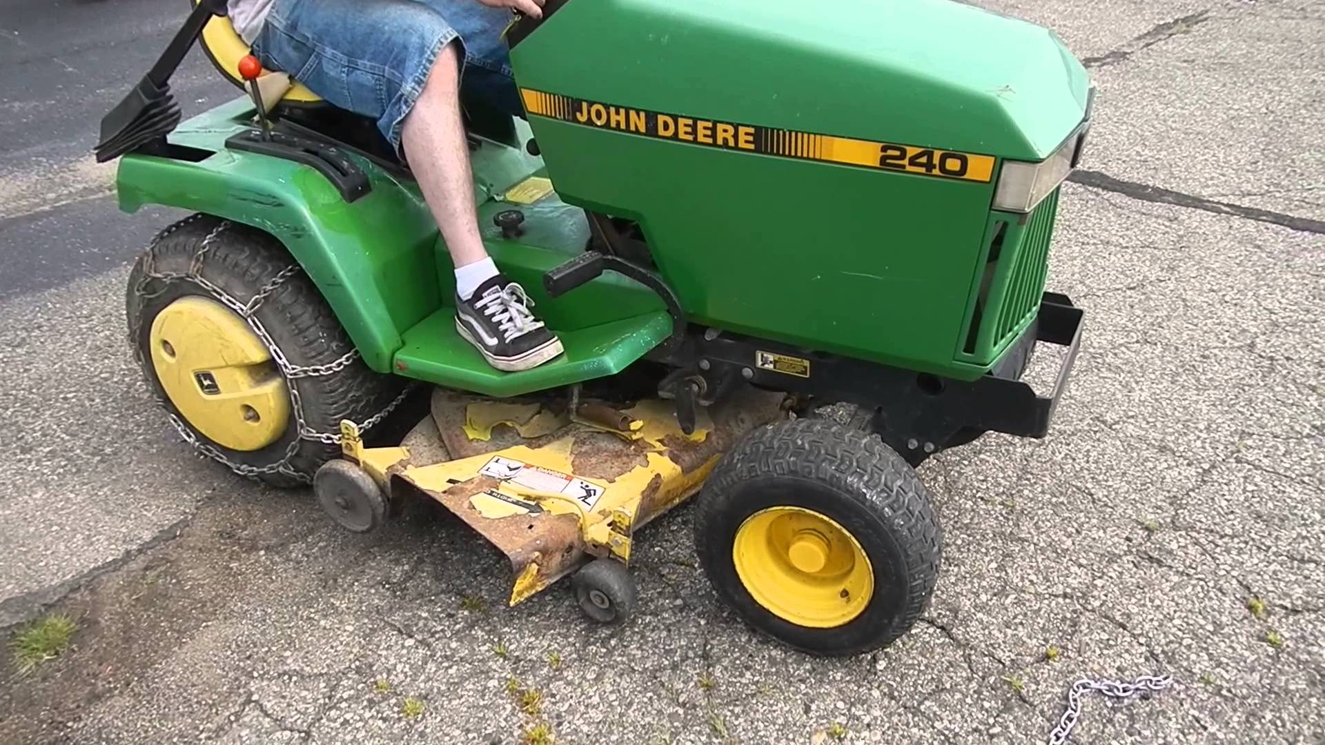 John Deere Mt Wiring Diagram furthermore Wiring Diagram For John Deere 2520 furthermore File John Deere 3350 tractor cut transmission together with JR74534 0000232 19 20100210 also 7zwhy Does Fuel Pump 345 John Deere Lawn Tractor Not Pumping. on john deere 2550 wiring diagram