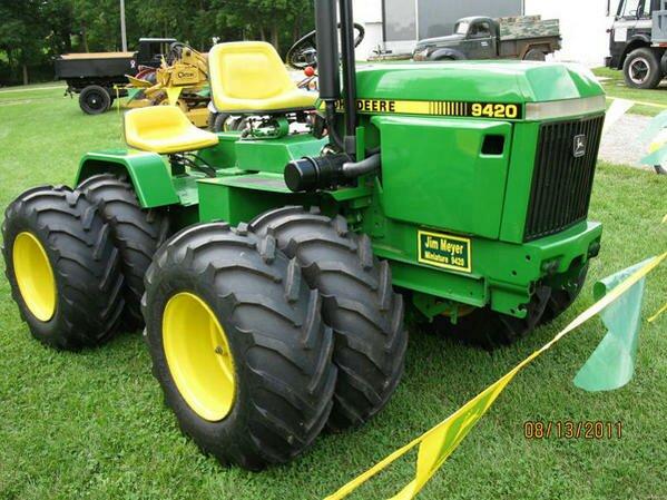 John Deere 420 Garden Tractor   More John Deere Tractors