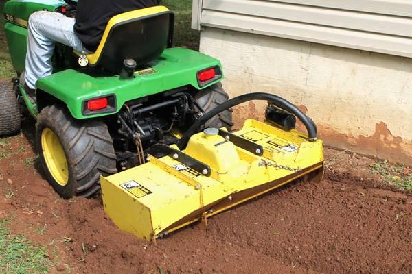 John Deere 110 Garden Tractor Tiller Attachment | John Deere