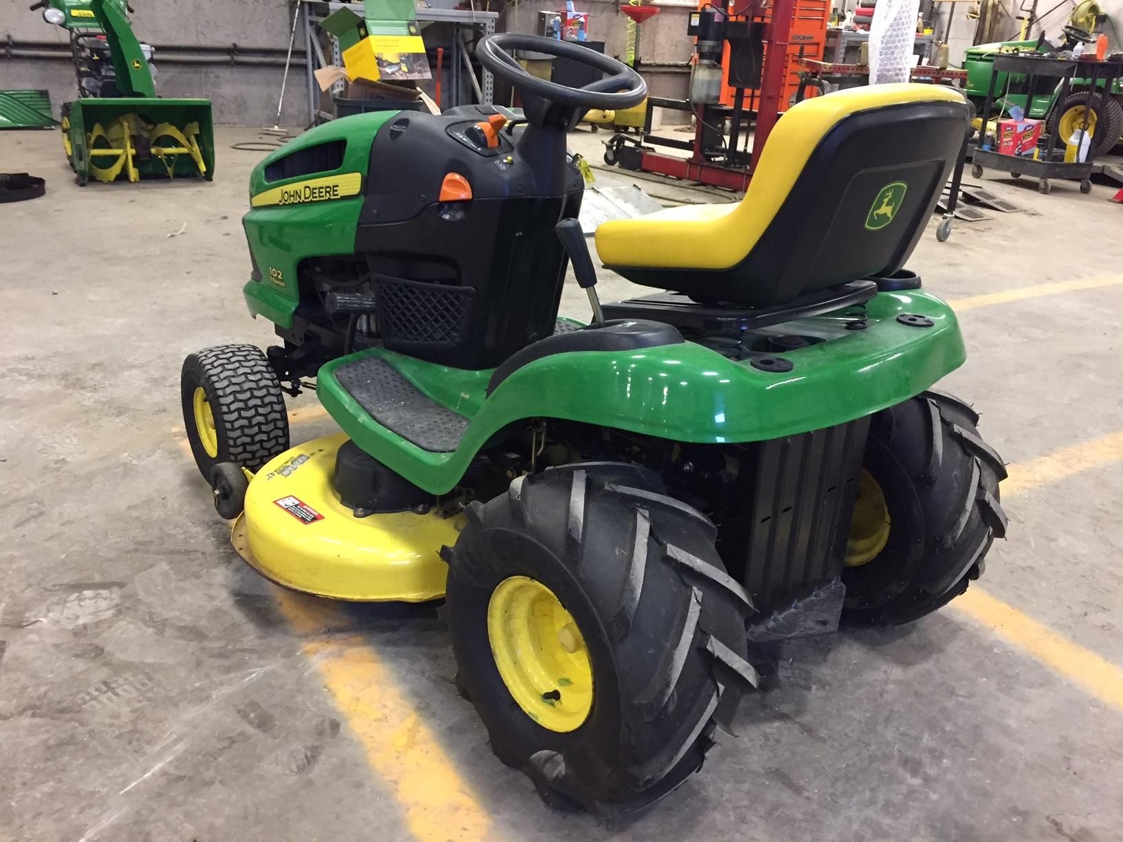 John Deere 102 17 Hp Lawn Tractor Tractors X485 Wiring Diagram Garden For Sale 66773
